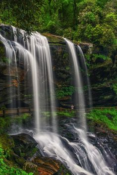 The Ultimate North Carolina Waterfall Road Trip Will Take You To 8 Scenic Spots In The State Nc Waterfalls, North Carolina Waterfalls, Camping In North Carolina, North Carolina Mountains, Beautiful Waterfalls, South Carolina, Nc Mountains, Appalachian Mountains, Beautiful Landscapes
