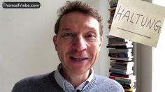 """15. Dezember Powerimpuls #15 Kultspruch von Horst Schlämmer, alias Harpe Kerkeling: """"Isch hab Rücken!"""" Aber das muss doch nicht sein! Mit der richtigen Haltung heißt es """"Schmerz adé!"""". Ich freue mich über Deinen Kommentar zum heutigen Powerimpuls. Danke. Die ersten 14 Powerimpulse zum nach- bzw. neuschauen: https://www.coach-friebe.de/blog-redemut/"""