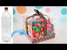 4 IDEIAS INCRÍVEIS USANDO GARRAFA PET   Viviane Magalhães - YouTube Diy Crafts For Gifts, Creative Crafts, Diy Paper Bag, Paper Crafts, Packging Design, Plastic Bottle Crafts, Diy Gift Box, Birthday Box, Candy Bouquet