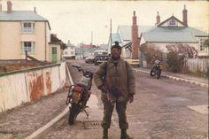Argentine amphibious commando Miguel Basualdo carries a submachine gun Sterling L34A1. Falklands War, 1982.