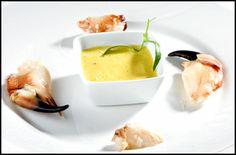 Krabbeklør med soppaioli Egg Benedict, Cantaloupe, Tapas, Fruit, Breakfast, Food, Breakfast Cafe, Meal, Hoods