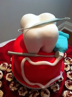1000+ images about Dentist Cakes on Pinterest Dentist ...