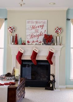 Christmas Home Tour from Craving Some Creativity - Blue and Red Christmas Decor with whimsical and rustic inspiration. DIY Christmas mantle decorations