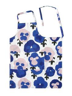 Design by Hannele Äijälä Gift Envelope, Blue Apron, Finland, Prints, Pockets, Spinning, Designers, Sew