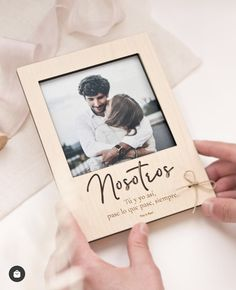 Double Photo Frame, Mini Picture Frames, Picture On Wood, Personalized Graduation Gifts, Personalized Note Cards, Mason Jar Gifts, Mason Jar Diy, Gravure Laser, Laser Cutter Projects