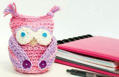 Free crochet owl apple cozy pattern #crochet #pattern #owl