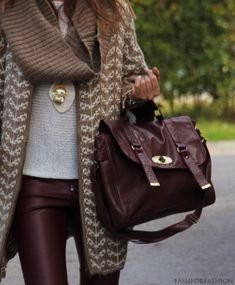 burgundy layers #sloanestyle sweater, fashion, camel, purs, color combos, bag, winter outfits, leather leggings, leather pants