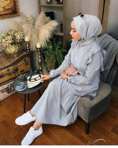 Sevgili @bsreelf bu harika kombin için çok teşekkür ederiz💙 Pamuk Firfir Elbisemiz Stoklardadır😍✌ Whatsapp ▫0542 824 45 37