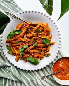 Creamy Roasted Red Pepper Pasta - With Love From Frances Roasted Red Pepper Pasta, Red Peppers, Green Beans, Carrots, Stuffed Peppers, Vegetables, Food, Hands, Stuffed Pepper