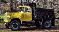 Mack Mack Trucks, Tow Truck, Semi Trucks, Old Trucks, Dump Trucks For Sale, Hydraulic Ram, Heavy Construction Equipment, Logging Equipment, Heavy Machinery