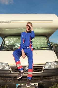 Man Up Girl | Inside Track Top - M.U.G Regalia