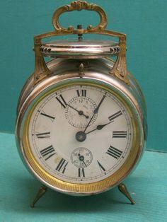 20 Eye-Opening Alarm Clocks