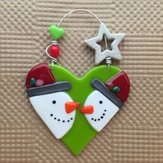 Celebration of Snowmen- Snowman with Ear Muffs – Prairie Glass Studio Glass Christmas Decorations, Stained Glass Christmas, Glass Christmas Ornaments, Christmas Crafts, Christmas Clay, Glitter Ornaments, Handmade Ornaments, Homemade Christmas, Fused Glass Ornaments