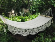 Bedroom Design, Modern Bed Hammock Called Comely La Reyna White Handwoven Hammock: Bed Frame Designs for Indoor and Outdoor
