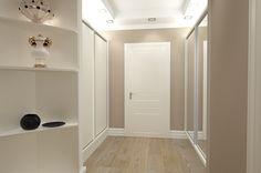 Design interior hol apartament doua camere Constanta.