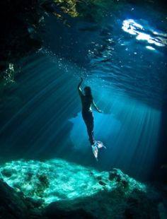 Bu yaz çok eğlenicez! Sen de kostümünü al, bize katıl, beraber yüzelim! Denizkızı yaz akademileri için hazırlıklarımız başladı! Bilgi için info@magictail.com.tr  www.magictail.com.tr