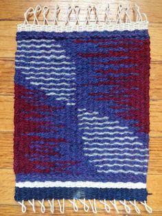 Rebecca Mezoff teaches tapestry classes online. www.rebeccamezoff.com