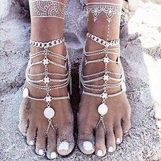 Anklets – Boho Kette Fußkette Silber ethno Sommer Schmuck – a unique product by Ethno-Boho on DaWanda Anklet Jewelry, Anklet Bracelet, Beach Jewelry, Body Jewelry, Feet Jewelry, Chain Jewelry, Statement Jewelry, Jewelry Bracelets, Tassel Jewelry