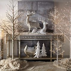 today we have Christmas decoration ideas to create your own Christmas fairy tale. Christmas Mantels, Noel Christmas, Woodland Christmas, Rustic Christmas, Christmas Entryway, Elegant Christmas Decor, Magical Christmas, Beautiful Christmas, Christmas Centerpieces