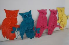awesome Painted retro modern colorful owls upcyled funky home decor kitschy modern tradi. Modern Traditional Decor, Funky Home Decor, Vintage Owl, Owls, Framed Art, Shabby Chic, Decor Ideas, Craft Ideas, House Design
