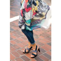 Dancing for Spring featuring our fabulous Pop-up @barcelonashoecompany & our fave printed wraps @yarnznyc  #fashion #spring #summer #style #cashmere #yarnznyc #yarnz #style