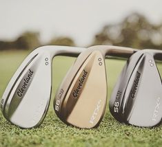 The 2018 Cleveland wedges due out soon are some of the best around . They come in 3 different colours to suit all golfers. Golf Gadgets, Cleveland Golf, Sand Wedge, Golf Drivers, Golf Putters, Golf Training, Golf Irons, Play Golf, Golf Outfit