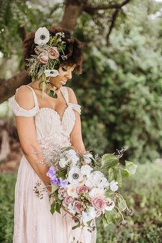 This Hawaii wedding inspiration is whimsical and dreamy. Take a look at this enchanted forest wedding theme shared by What a Day Photography Mod Wedding, Purple Wedding, Wedding Bride, Dream Wedding, Wedding Dresses, Garden Wedding, Natural Bridal Hair, Natural Wedding Hairstyles, Natural Hair