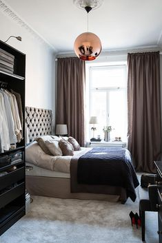 Small bedroom design ideas and inspiration Dream Bedroom, Home Bedroom, Master Bedroom, Bedroom Decor, Interior Exterior, Home Interior, Interior Design, My New Room, Beautiful Bedrooms