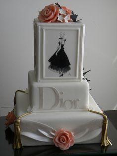 Bolo Dior by A de Açúcar Bolos Artísticos, via Flickr Gorgeous Cakes, Pretty Cakes, Cute Cakes, Amazing Cakes, Unique Cakes, Elegant Cakes, Creative Cakes, Take The Cake, Love Cake