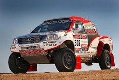 Toyota presenta su asalto al Dakar 2013