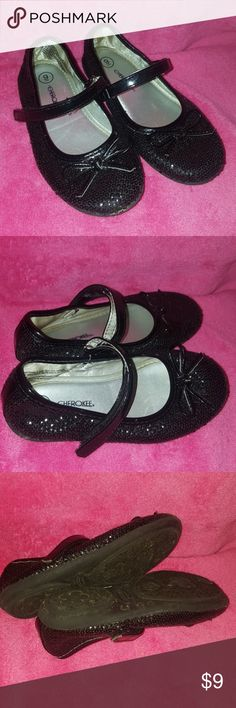 DARLING Sparkly Little Girl Flats Black sparkly with little black bows... excellent condition Cherokee Shoes Dress Shoes