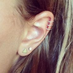 Definitely doing this on my right hear! Triple helix! And I need my lobes double pierced!