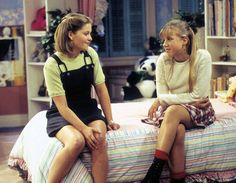 DJ Tanner Hair - Best Photos of DJ Tanner's Full House Hairstyles Source by Fashion outfits 80s And 90s Fashion, Fashion Tv, Fashion Outfits, Retro Fashion, Lori Loughlin, Dj Full House, Full House Cast, Full House Season 8, Full House Dj Tanner
