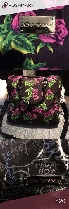 Betsey Johnson Laptop  Bag EUC Betsey Johnson Laptop  bag in classic black and pink rose  design  Betsey Johnson Bags Laptop Bags