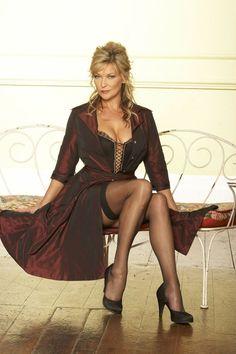 High-heels to sexy legs : Photo