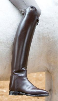 1c3186efaf7e27 Perfect for riders who are looking for a stiff dressage boot. Elegant