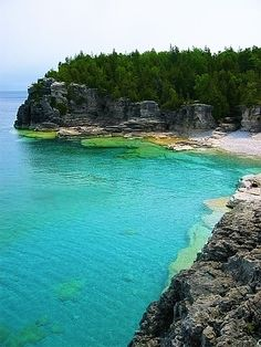 Indian Head Cove~The Bruce Trail~Bruce Peninsula National Park~Ontario~Canada Places Around The World, Oh The Places You'll Go, Places To Travel, Places To Visit, Around The Worlds, Canada National Parks, Destinations, Canada Travel, Canada Trip
