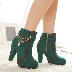 Thick high heel metal beautiful chain decorate women martin short ankle boots has fashion new design and beautiful chain decorate, which can make you legs more charming. Boots For Short Women, Short Ankle Boots, Calf Boots, Over The Knee Boots, Bootie Boots, Martin Short, Motorcycle Boots, Designer Boots, Boots Online
