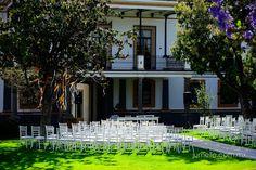 Montaje ceremonia religiosa para la boda de Ana y Takeshi en Ex-Fabrica la Carolina by NOE ARIZA BODAS & EVENTOS