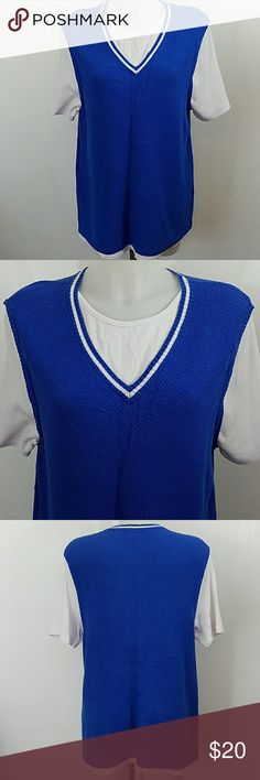 "C.J. Banks Sweater C.J. Banks Christopher and Banks Sweater. In great condition. Size 1x. Bust 40"" Length 28"" Christopher & Banks Sweaters"