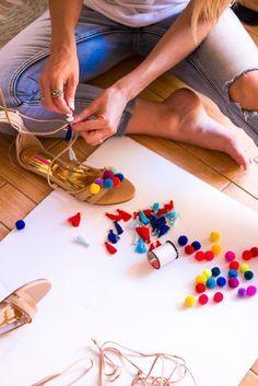 uncategorized 3 Step DIY Pom Pom Gladiator Sandals DIY Pom Pom Gladiator Sandals - The Fashion Hour Craft Stick Crafts, Diy And Crafts, Shoe Makeover, Boho Dekor, Pom Pom Sandals, Diy Accessoires, Easter Crafts For Kids, Diy Clothes, Diy Fashion