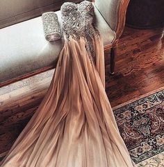 Yea another nude beige gown Im in love so fancy diamonds details