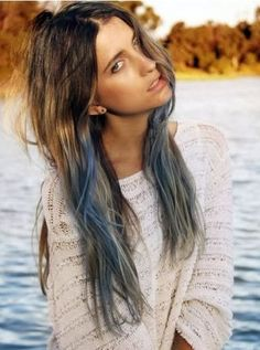 Don't call it a comeback; the dip-dyed hair is a reminiscence of the bold-maned grunge girls who rocked the fashion world in the 90s, and has thereon increasingly grown as the trendiest hair color trend. Check the trendiest DIP-DYED hair here in this page. Time to rock :)