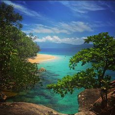 Sweet island escape  by briarleyh http://ift.tt/1UokkV2