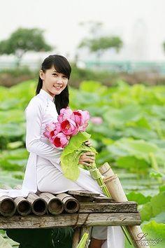 【世界の花嫁衣裳】優雅で美しいベトナムの民族衣装「アオザイ」