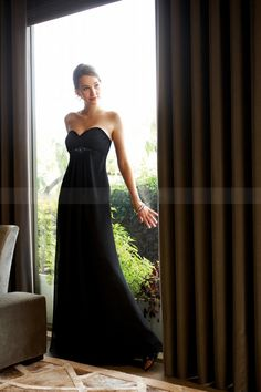 Elegant Sweetheart Floor-length Black Chiffon Bridesmaid Dress with Sequins $118