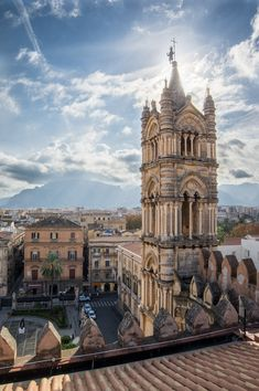 https://flic.kr/p/QEyg9Y | Sunlight over Palermo | Piazza della Cattedrale, Palermo, IT Palermo's Dome. Pentax K3 + Samyang 14 mm f/2.8 Lightroom + HDR INSTAGRAM FACEBOOK
