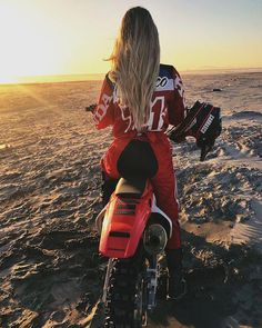 Outstanding Moto bike photos are offered on our website. look at this and you wont be sorry you did. Motocross Photography, Motorcycle Photography, Dirt Bike Girl, Lady Biker, Biker Girl, Triumph Motorcycles, Custom Motorcycles, Custom Bikes, Jeep Stiles