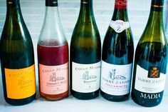 Easy Drink Recipes, Wine Recipes, Cheese And Wine Tasting, Wine Cheese, Small Wooden Crates, Food Combining, Wine Parties, Wine Online, Italian Recipes