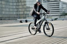 Fancy a 200 km range electric bicycle that costs more than a 650 cc motorcycle? Hero Motocorp, Bajaj Auto, Dutch Bike, Powered Bicycle, Urban Electric, Maximum Ride, Performance Bike, Stopping Power, Belt Drive